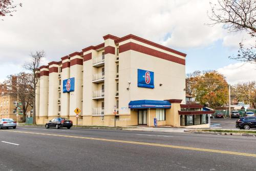 Motel 6 Washington DC photo 3