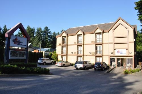 Canadian Inn - Surrey, BC V3W 4Z3