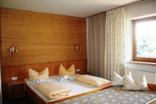 Landhaus Chalet Rosenrot Hotel Fugen