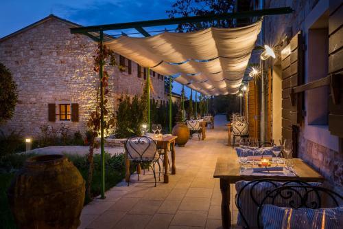 Meneghetti Wine Hotel - 18 of 54