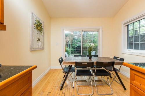 Applewood Suites - Yorkville
