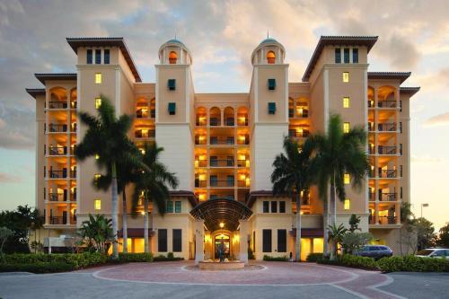 Three Bedroom Condo Marco Island - Marco Island, FL 34145