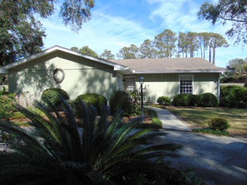 Demere Oaks Home - Saint Simons Island, GA 31522