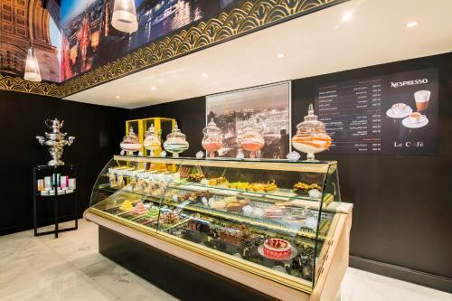 Sofitel Abu Dhabi Corniche photo 113