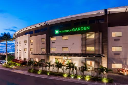 Wyndham Garden San Jose Escazu Photo