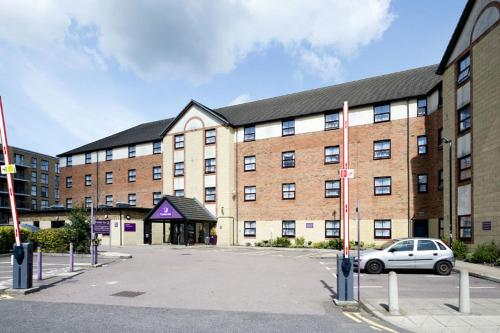 Premier Inn London Edgware photo 31
