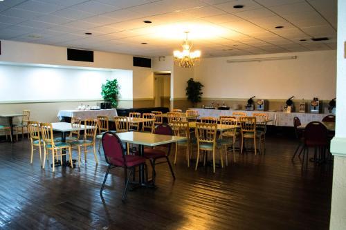 Winter Haven Garden Inn & Banquet Center Photo