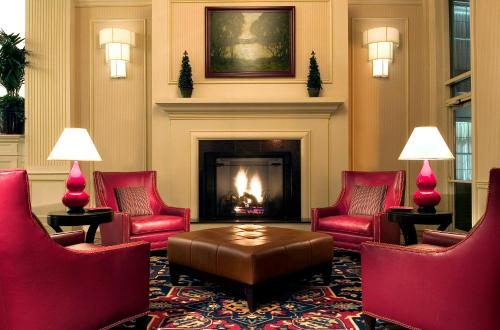 Four Points by Sheraton Wakefield Boston Hotel & Conference Center Photo