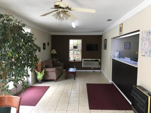 Mountain Valley Inn - Dillard, GA 30537