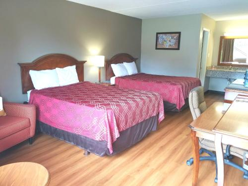 Econo Lodge North - Tallahassee, FL 32303