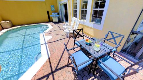Aco Family - 4 Bd Townhome With Pool (1717)