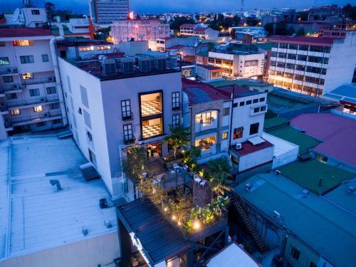 Hotel Presidente San Jose City Center Photo