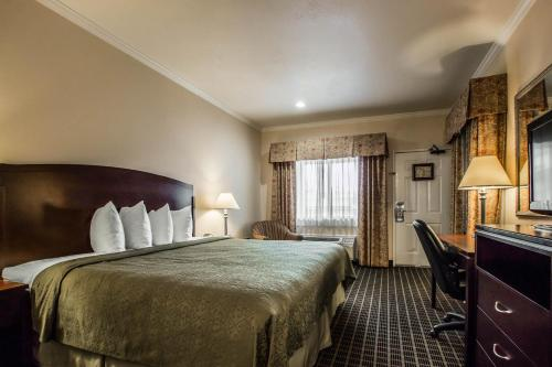 Quality Inn Temecula Valley Wine Country Photo