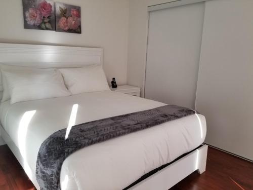 Premium Suites - Furnished Apartments North York - North York, ON M2N 0C8