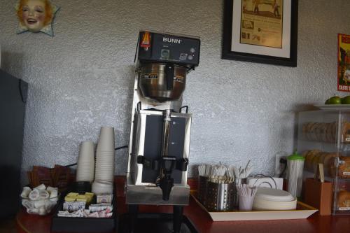 Retro Inn at Mesa Verde Photo