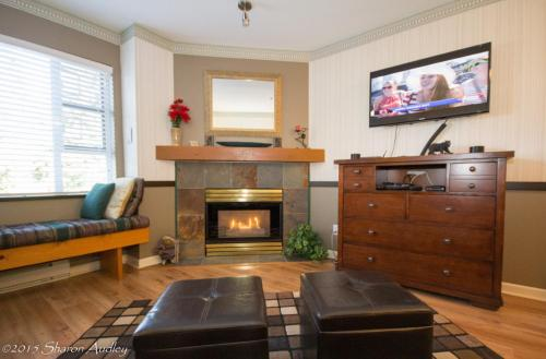 Marketplace Lodge Deluxe 219 - Whistler, BC V4B 1B4