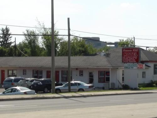 Beacon Hill Motel - Ottawa, ON K1J 6N5