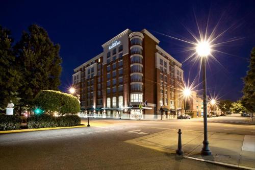 Hilton Garden Inn Athens Downtown - Athens, GA 30601