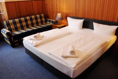Hotel-Pension Rheingold am Kurfürstendamm photo 1