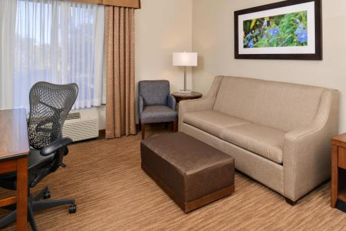 Hilton Garden Inn Dallas/addison - Addison, TX 75001