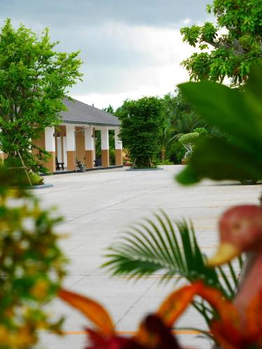 Sunee View Hotel photo 27
