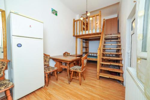 HotelDorobanti Studio