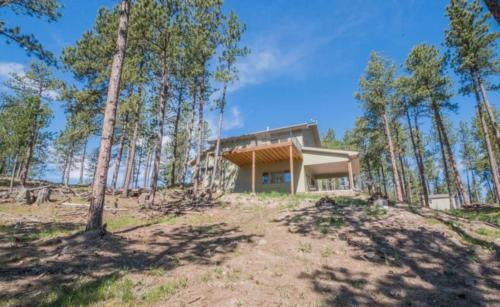 Castle Rock Pines - Custer, SD 57730