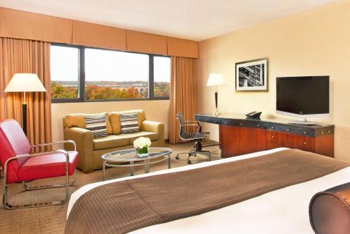 Hyatt Regency New Brunswick - New Brunswick, NJ 08901
