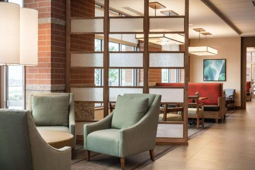 Hyatt Place Kansas City Lenexa City Center - Lenexa, KS 66219