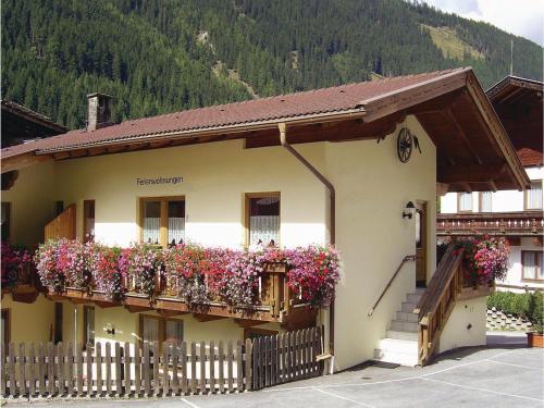 Holiday Home Gasteig 01