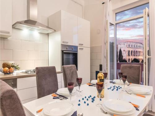 Apartment Pula with Sea View II