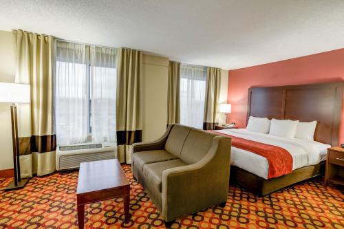 Comfort Suites Concord Mills Photo