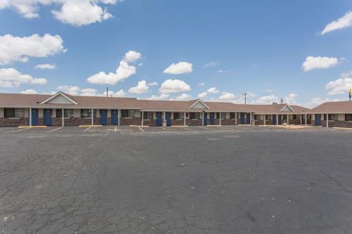 Motel 6 Lordsburg Photo