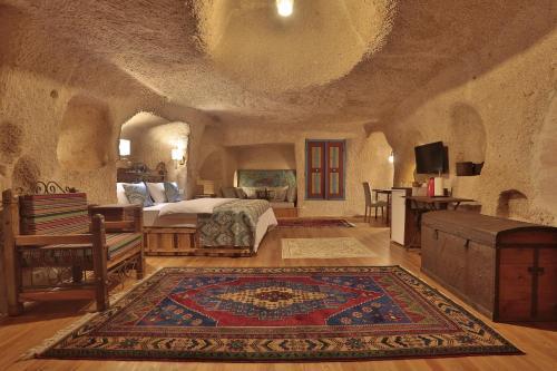 Ortahisar Three Doors Cappadocia