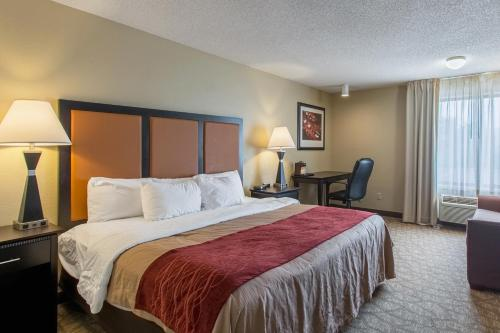 Comfort Inn East Evansville Photo