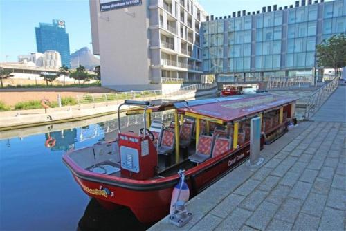 702 Canal Quays Photo