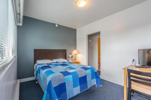 Castaway Motel - Nanaimo, BC V9S 4J4
