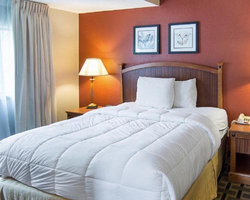 Extended Studio Suites Hotel Photo