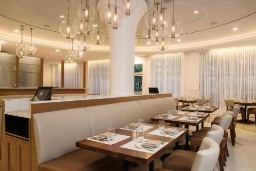 Iberostar Berkeley Shore Hotel - Miami Beach, FL 33139
