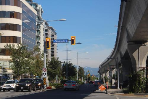 3 Bed/2 Bath Condo Near Richmond Centre Skytrain - Richmond, BC V6Y 4B2
