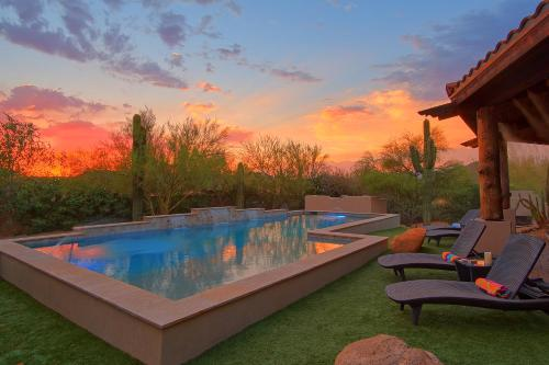 Cave Creek Spa House & Golf Retreat