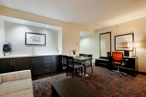Best Western Plus Executive Inn photo 16