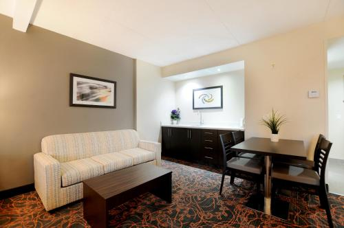 Best Western Plus Executive Inn photo 17