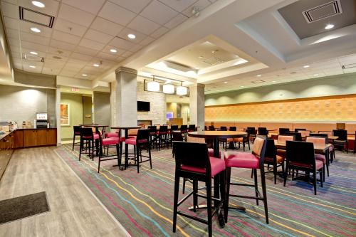 Fairfield Inn And Suites By Marriott Guelph - Guelph, ON N1G 0C1