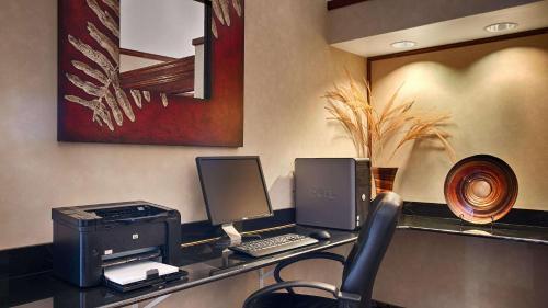 Best Western Edmond Inn & Suites - Edmond, OK 73034