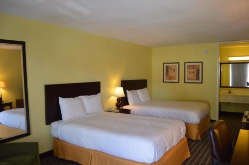 Hotel Inn - Brunswick, GA 31523