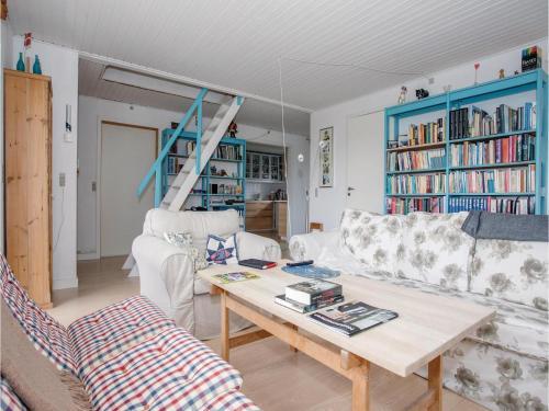 Three-bedroom Holiday Home In Gorlev