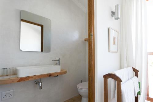 Chartfield Guesthouse Photo
