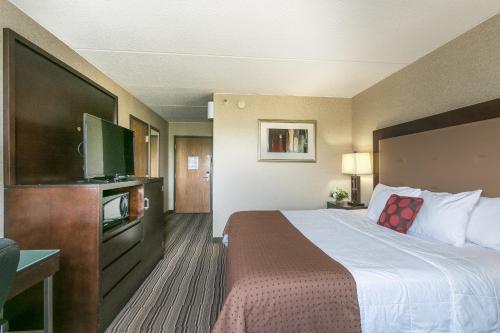 Mankato City Center Hotel - Mankato, MN 56001