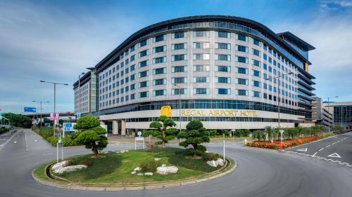 Regal Airport Hotel photo 82